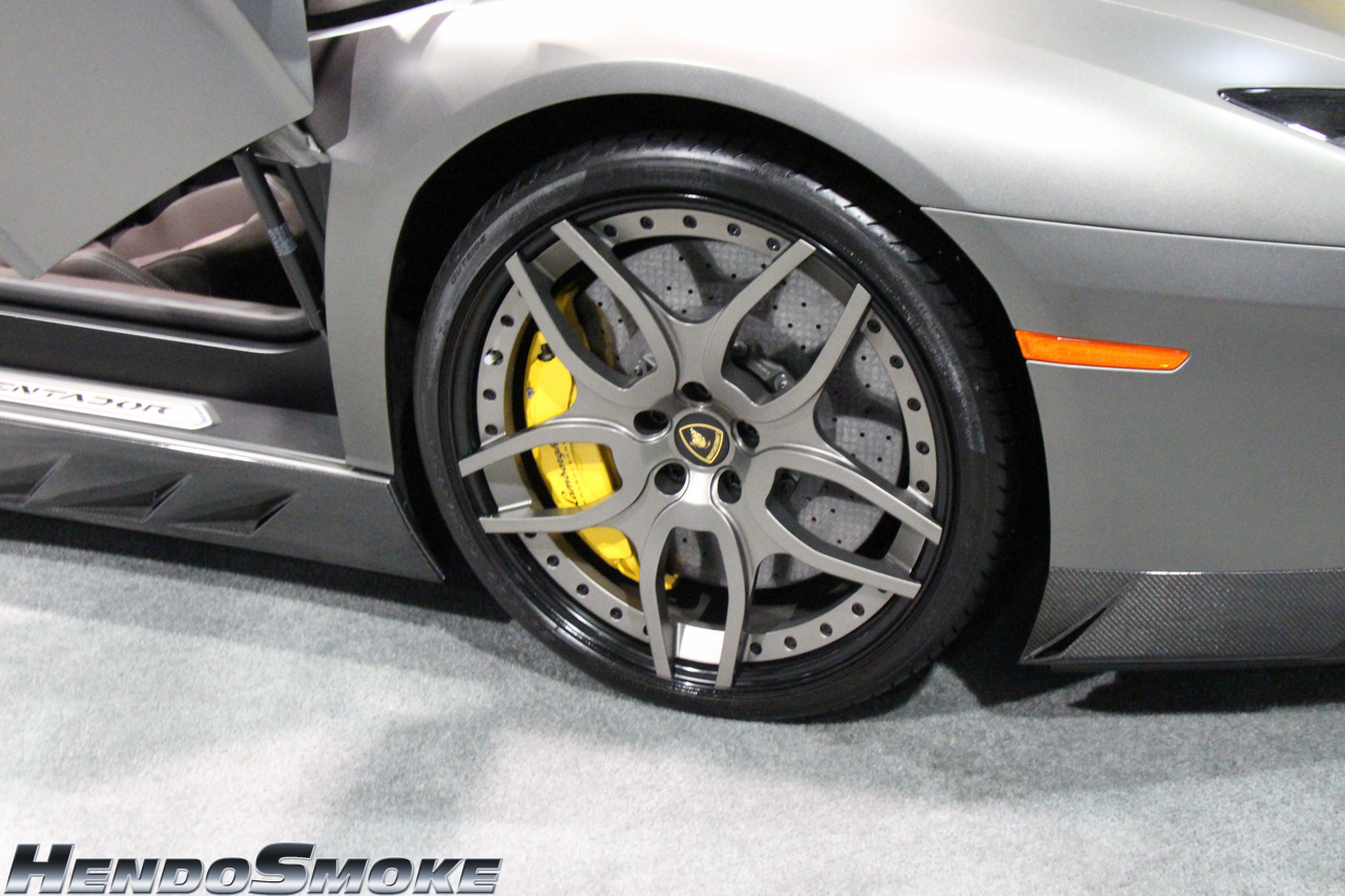 HendoSmoke - 2014 LA Auto Show-1005