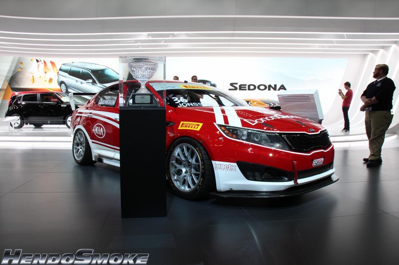 HendoSmoke - 2014 LA Auto Show-102