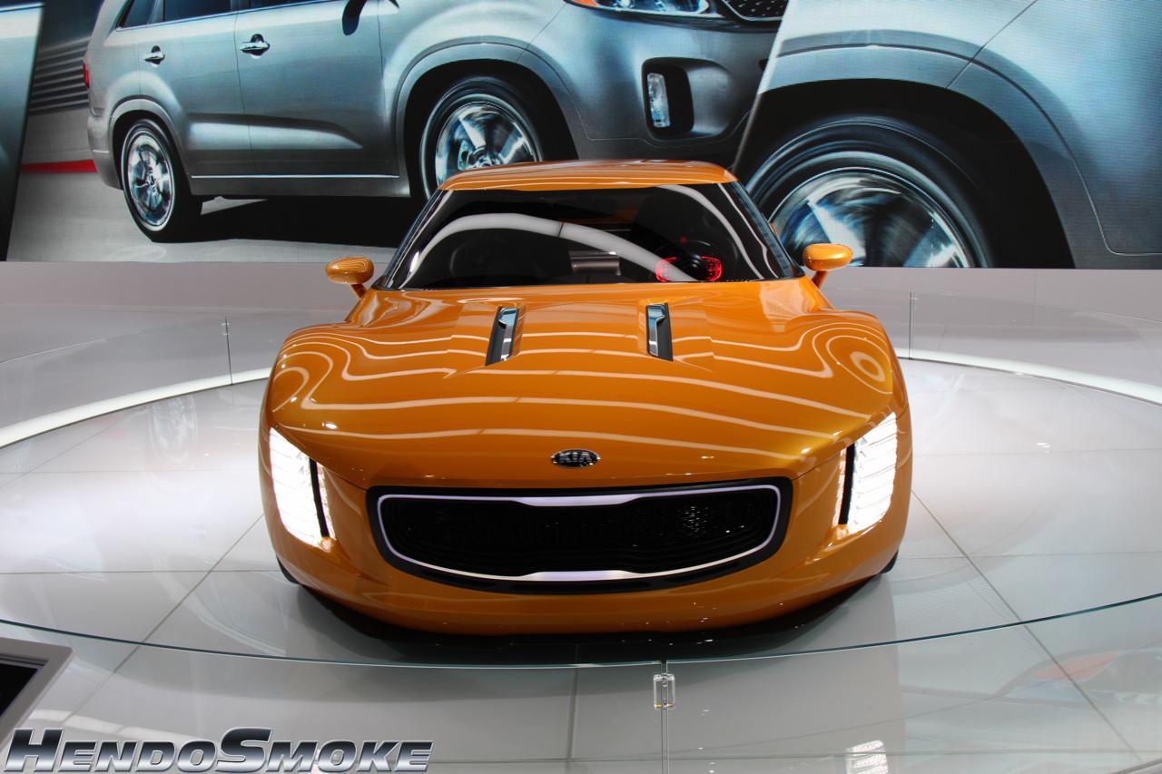 HendoSmoke - 2014 LA Auto Show-112