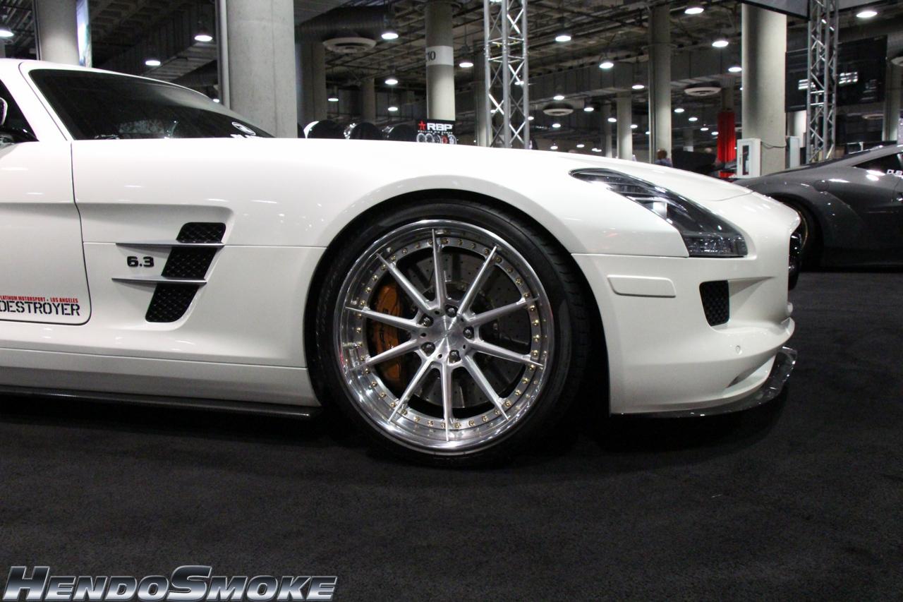 HendoSmoke - 2014 LA Auto Show-1186