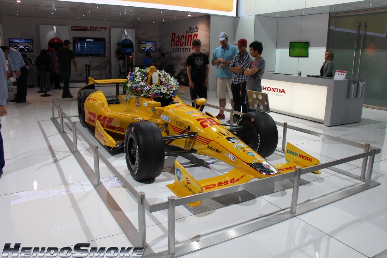 HendoSmoke - 2014 LA Auto Show-30