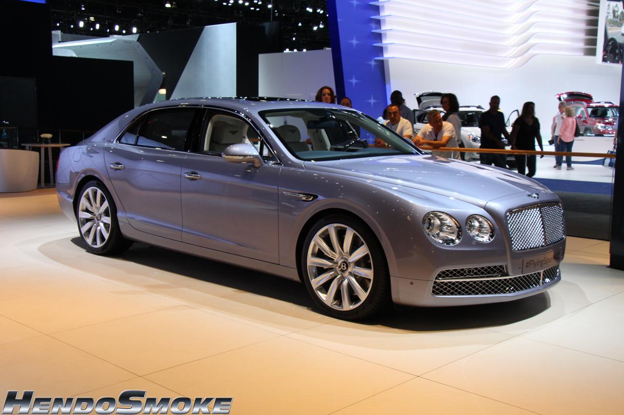 HendoSmoke - 2014 LA Auto Show-515