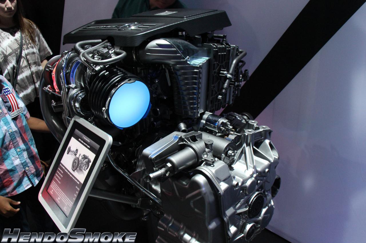 HendoSmoke - 2014 LA Auto Show-851